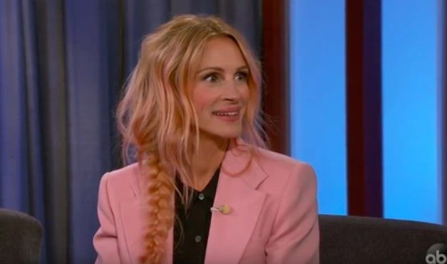 JULIA ROBERTS' NEW METALLIC ROSE GOLD HAIR