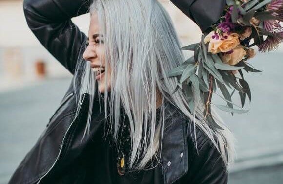 HOW TO GET SILVER GREY HAIR